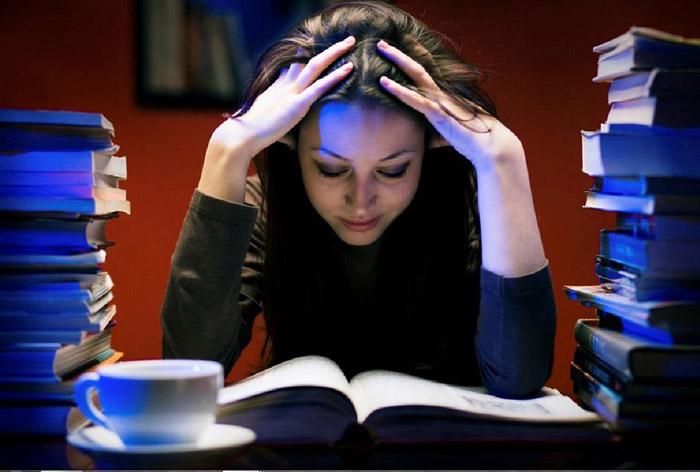 Thức khuya có thể khiến bạn bị trầm cảm