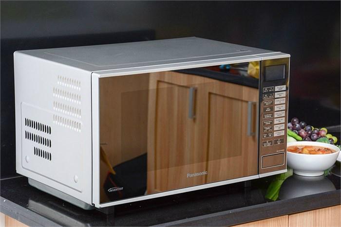 Lò vi sóng Panasonic PALM-NN-GF560MYUE là loại lò vi sóng inverter được ưa chuộng