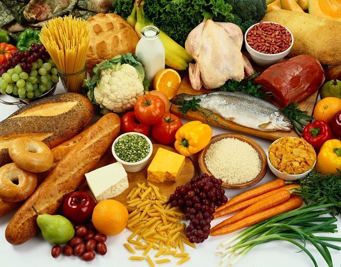 Không gộp chung thực phẩm sống và chín để xay
