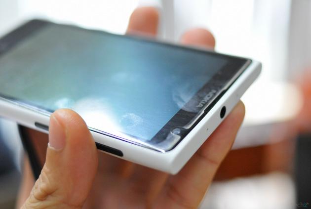 dán màn hình smartphone 1