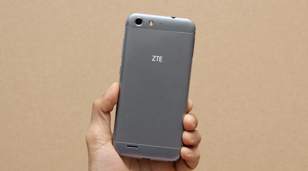 ZTE Blade V6 có camera sau 13MP kèm đèn LED Flash