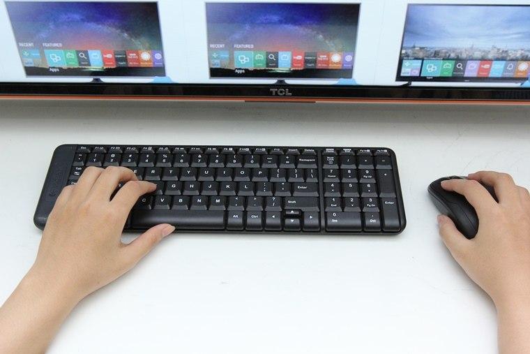 Kết nối chuột, bàn phím trên tivi sẽ giúp bạn thao tác dễ dàng hơn