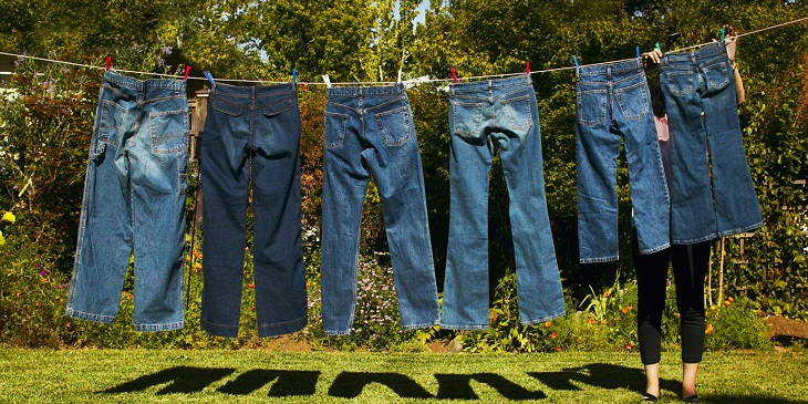 Hãy lấy nó ra ngay lập tức để tránh tối đa khả năng nhăn quần jeans, giúp quần jeans luôn như mới
