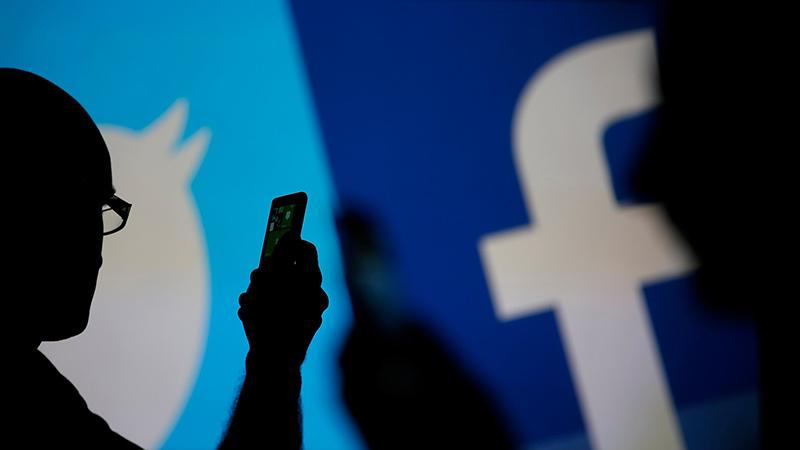 Các diễn viên 18+ thường chọn Twitter thay vì Facebook