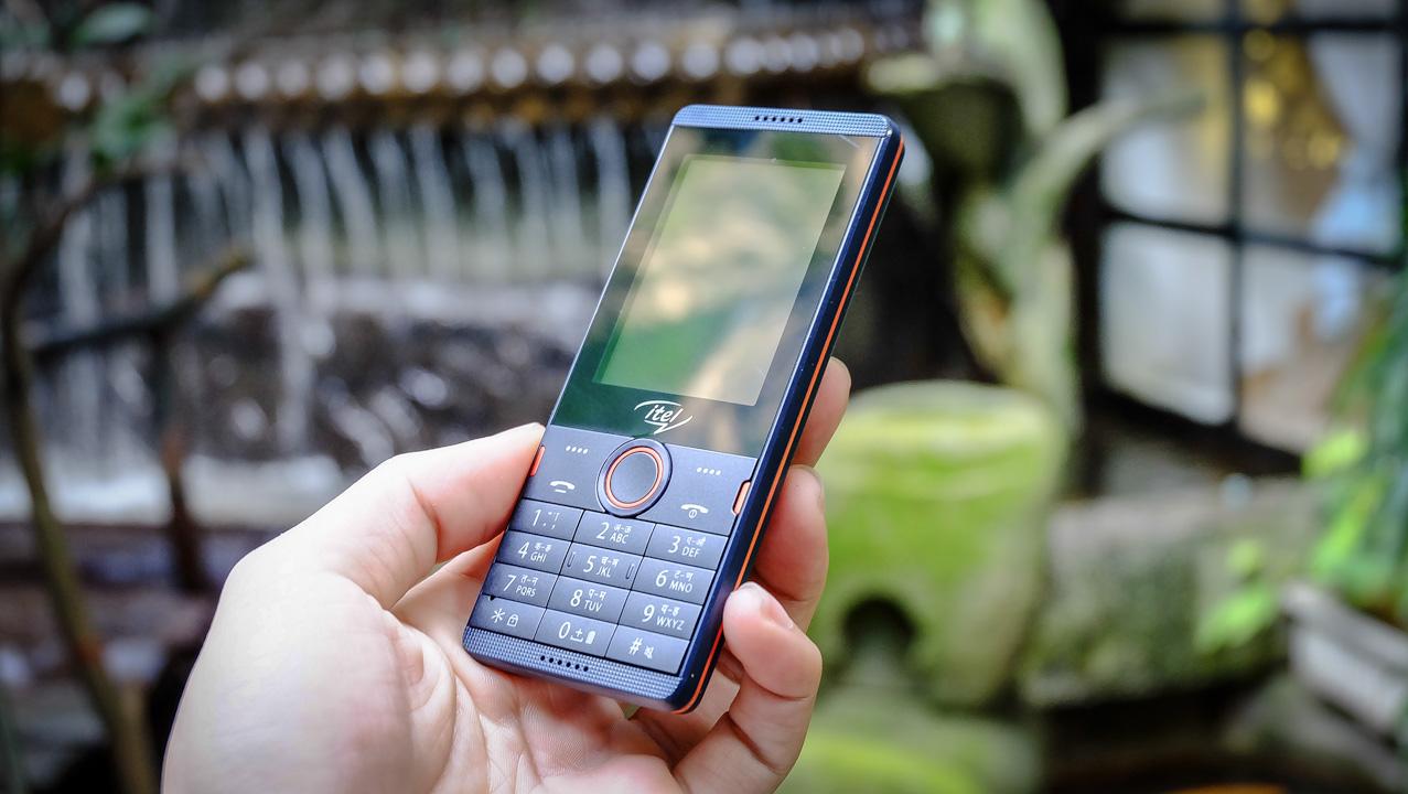Trên tay bộ 3 điện thoại Itel: 2 camera, pin trâu, giá chỉ từ 250.000 - ảnh 12