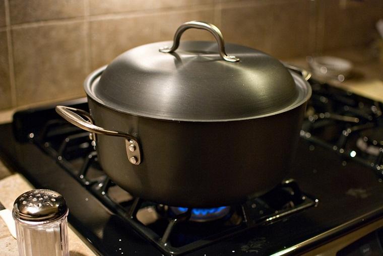 Nguyên nhân bếp gas tốn gas và các cách khắc phục