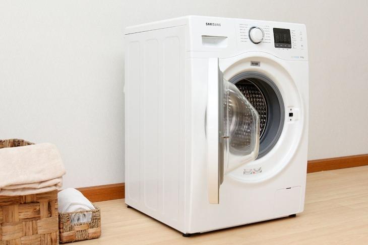 Máy giặt cửa trước có thiết kế đẹp mắt, thời trang