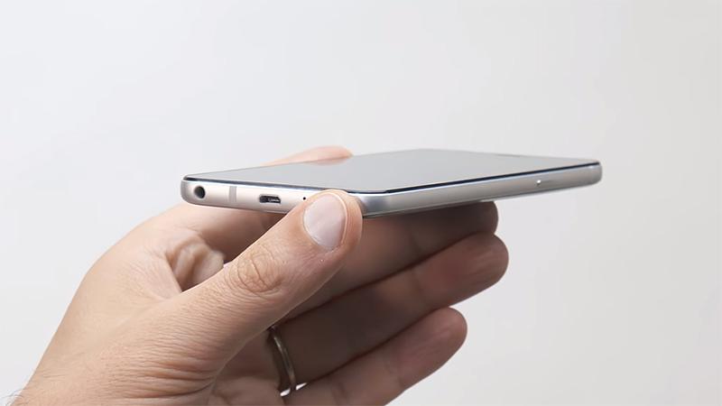 Trên tay LG Q6