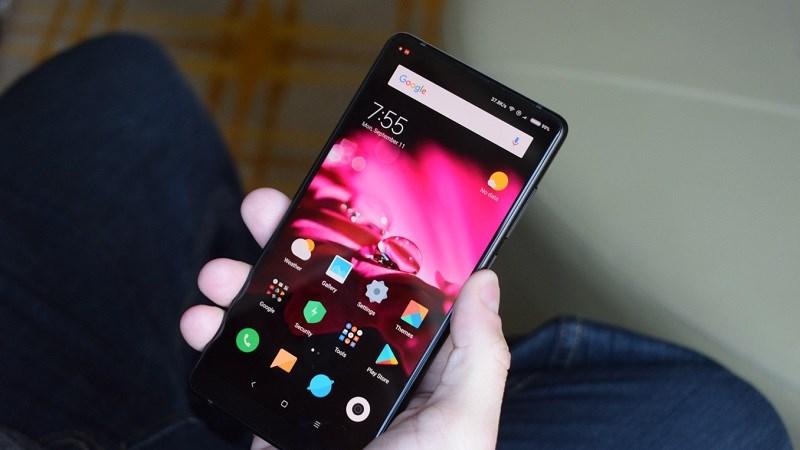 Cận cảnh Xiaomi Mi MIX 2: Viền màn hình cực mỏng, Snapdragon 835, RAM 8GB