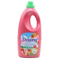 Nước xả Downy hương Cánh đồng hoa chai 1.8 lít