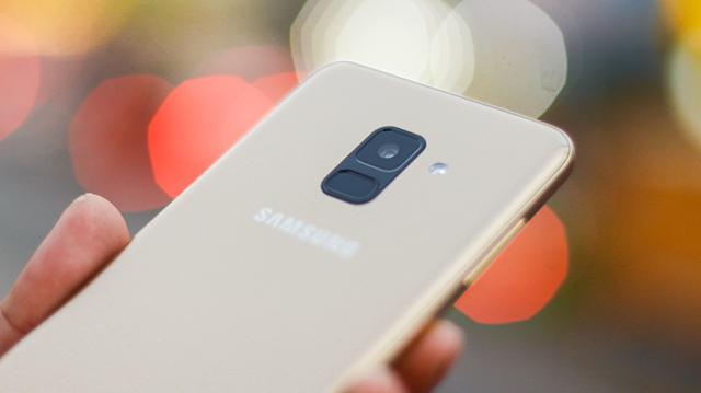 Thiết kế Samsung Galaxy A8 (2018)