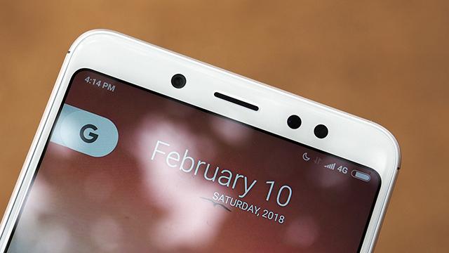 Camera kép đặt dọc như iPhone X