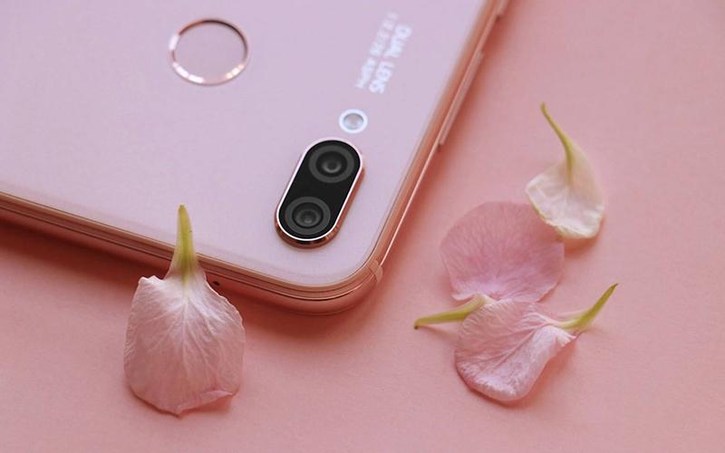 Huawei Nova 3e hồng