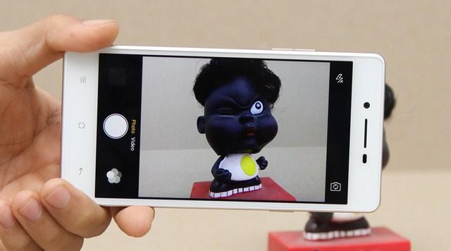 Giao diện chụp ảnh quen thuộc trên các dòng điện thoại Oppo