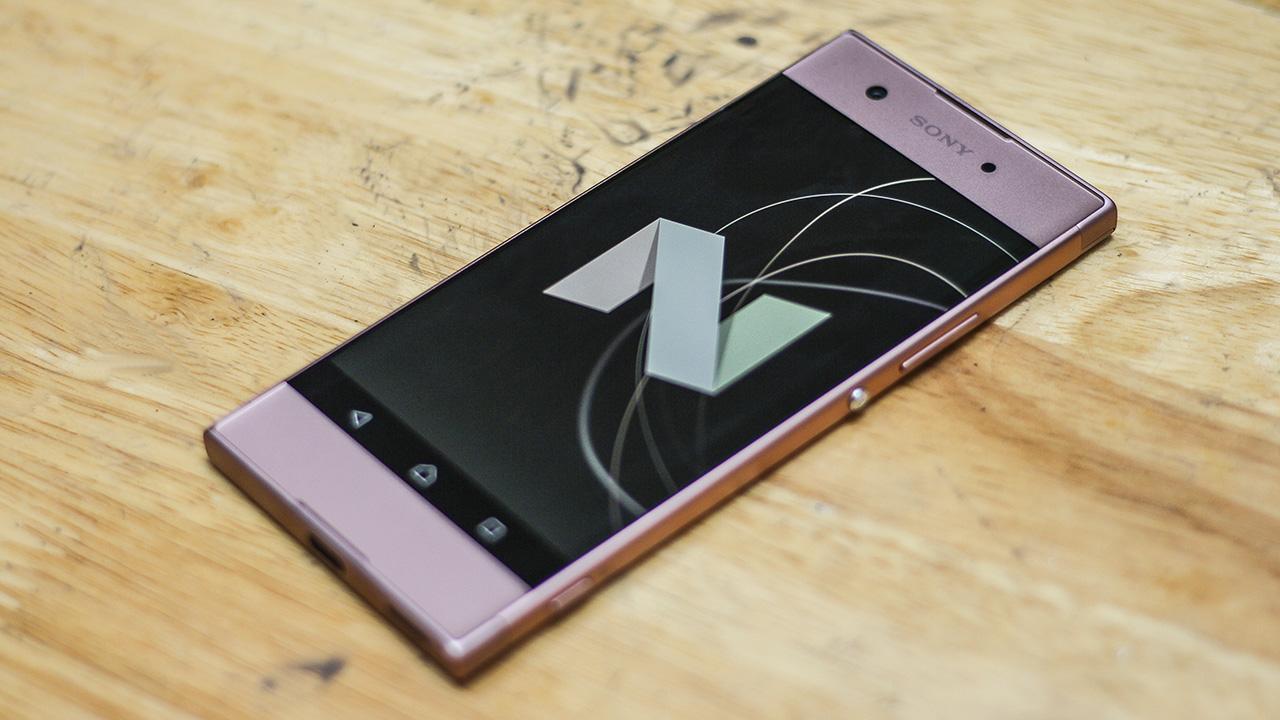 Cấu hình mạnh mẽ và chạy hệ điều hành Android 7.0