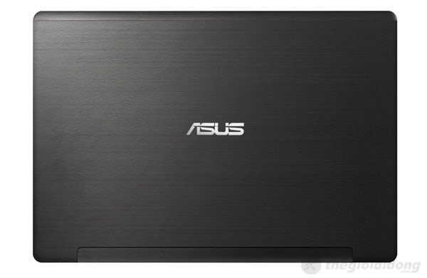 Thiết kế của Asus S550CA
