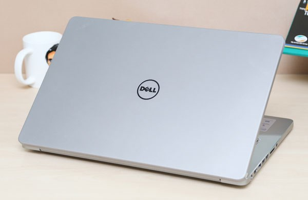 Dell Inspiron 7000 Series core i7 haswell + NVIDIA GeForce GT 750M