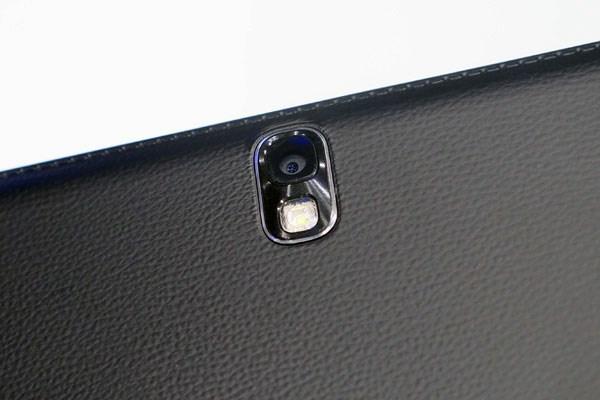 Galaxy Tab Pro 12.2 camera 8MP