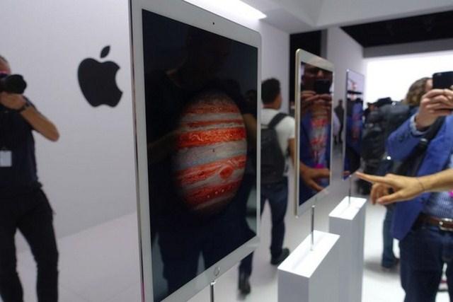 Chắc chắn, với màn hình to hơn, mọi thứ hiển thị trên máy tính bảng đều được bắt mắt và đẹp hơn rất nhiều