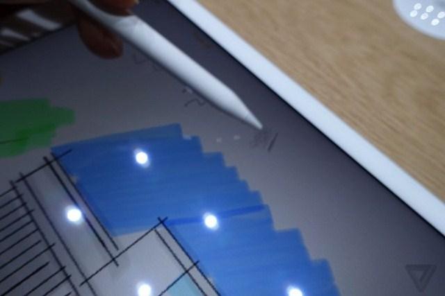 Đầu bút dễ dàng thực hiện các nét vẽ, viết