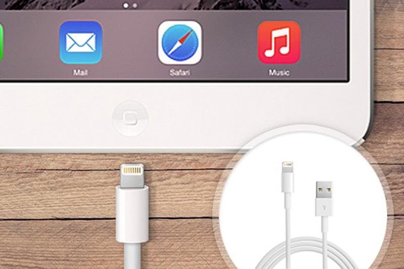 Dây cáp Lightning 1 m Apple MD818 - Sạc pin, truyền tải dữ liệu cho thiết bị